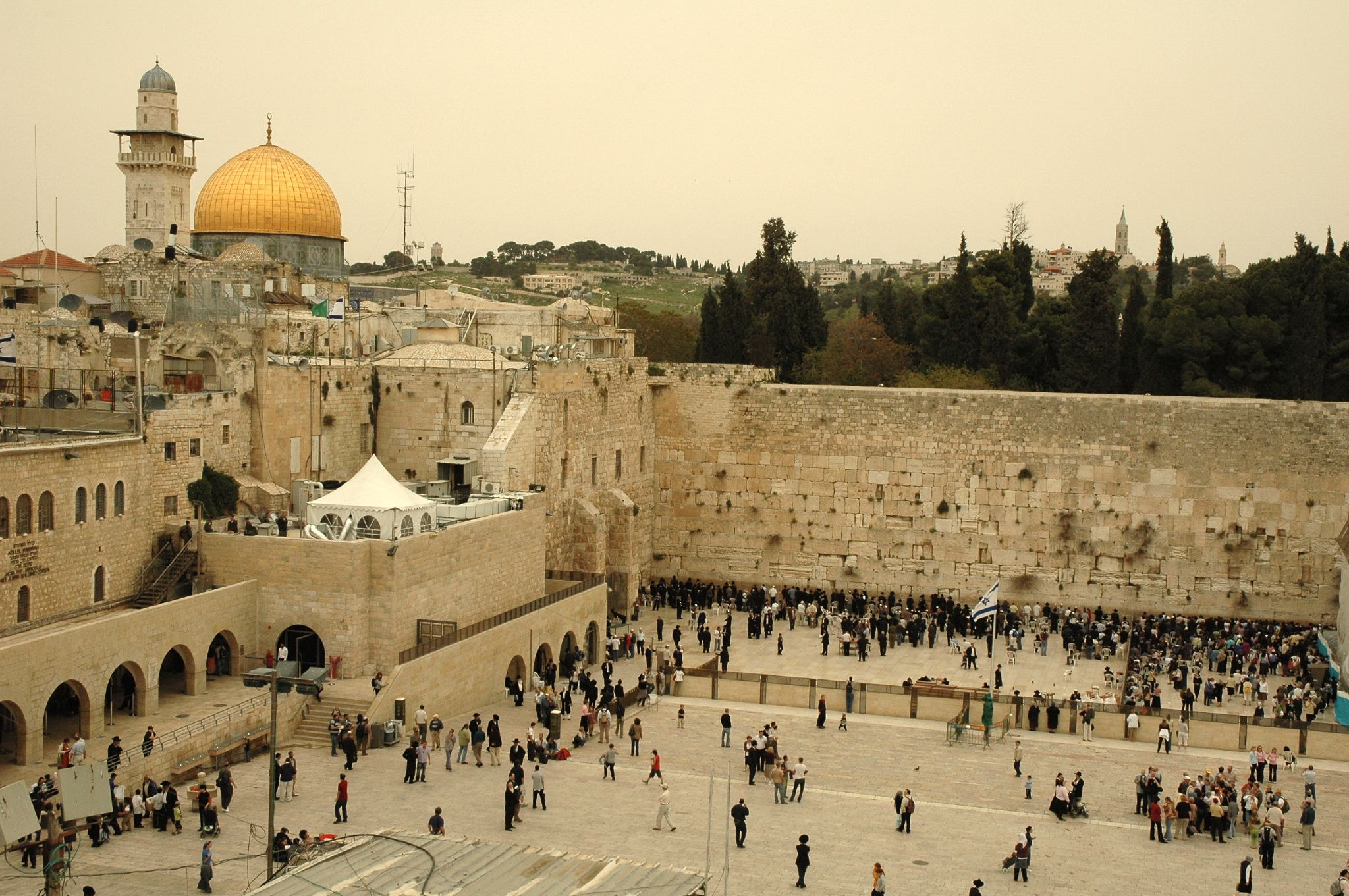 Dome of the Rock and Wailing Wall, photo by Peter Mulligan (Creative Commons). Click to enlarge.