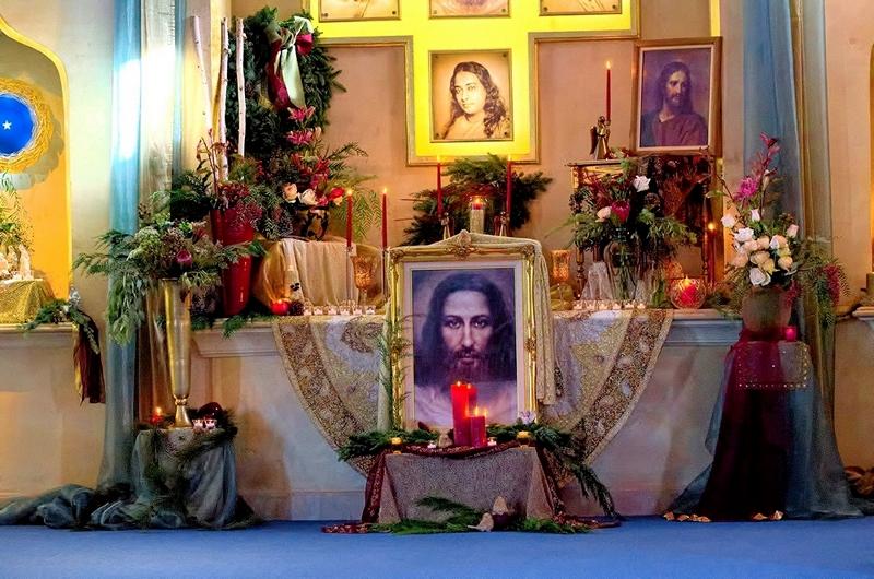 Christmas altar, Ananda Sangha, Palo Alto, California, 2015