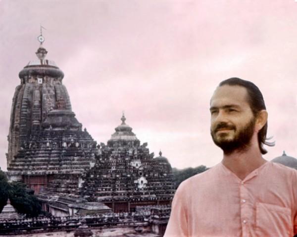 Swami Kriyananda at Jaganath Temple, Hyderabad, India.