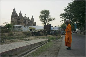 Wandering hermit, Orchha, India. (Creative Commons License)